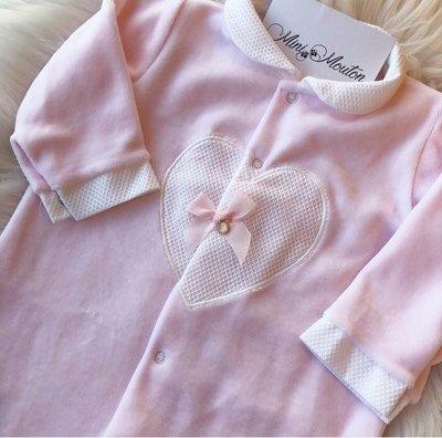 Roze pakje met hart en steentje