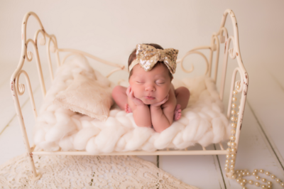Cute Cute - gouden pailletten strik