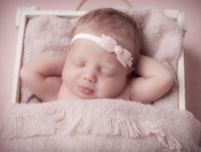 Cute Cute - Roze strik met parel